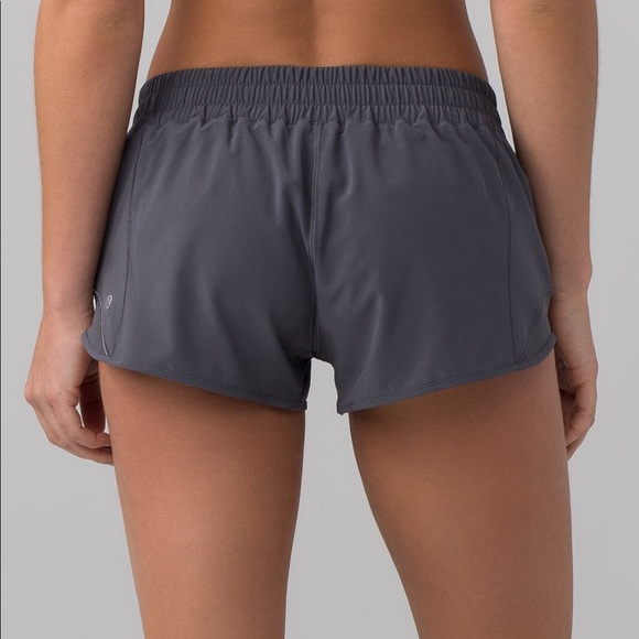 "b0c585cf712d5d lululemon athletica Pants - Lululemon Dark Carbon Hotty Hot Short II (2.5"")"